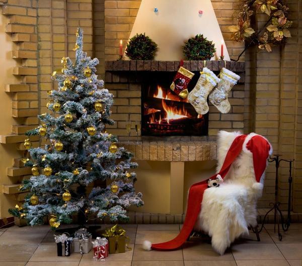 Новогодний декор гостиной. Акцент - белый цвет