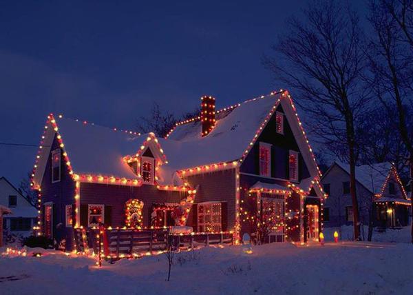 Украшаем дом снаружи. Фото с сайта etotdom.com