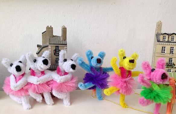 Игрушки из синельной проволоки. Фото с сайта pagremuski.info