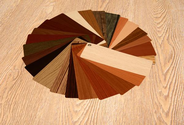 Декоративный слой ламината чаще всего имитирует натуральное дерево