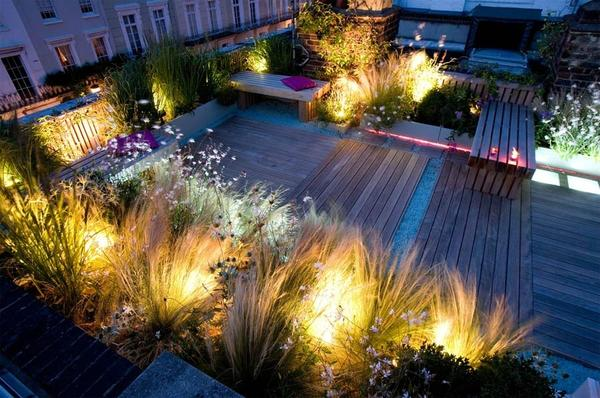 Сад на крыше ночью. Фото с сайта ooovista.ru