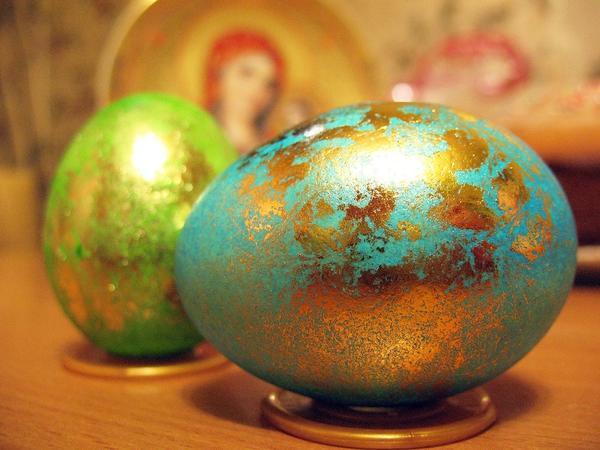Оригинально окрашенное яйцо. Фото с сайта dotart.info