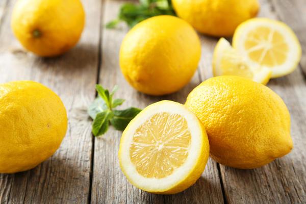 Лимон - кладезь витамина С, биофлавоноидов, бета-каротина