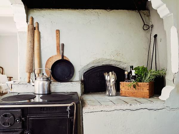 Этническая керамика на кухне