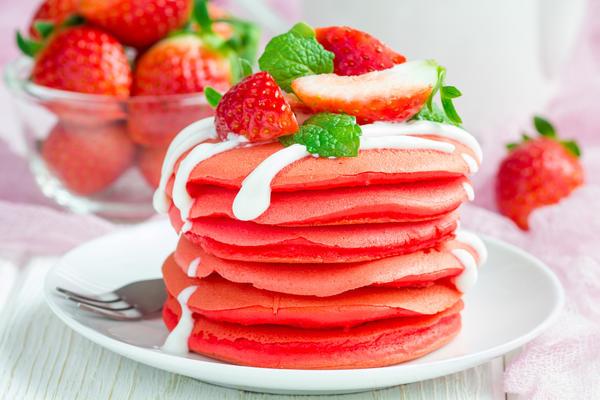 Из клубники можно приготовить вкуснейший десерт
