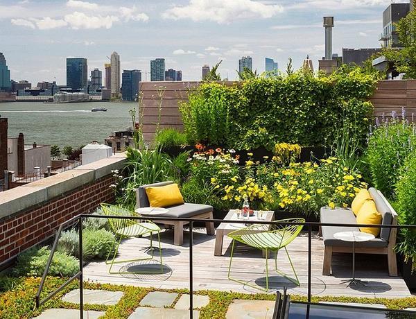 Интенсивный сад на крыше. Фото с сайта art-pen.ru