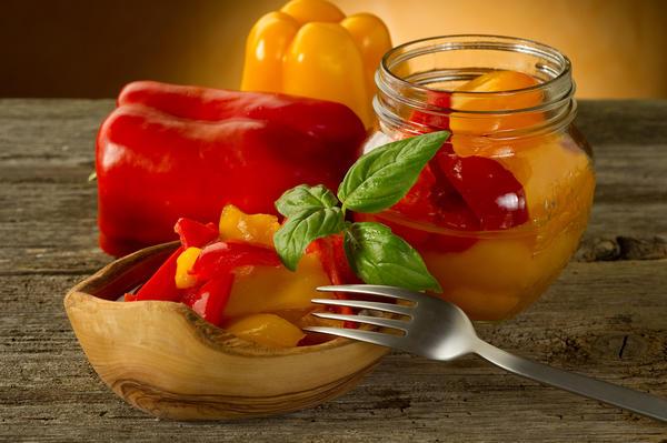 Перец болгарский маринованный на зиму с соусом