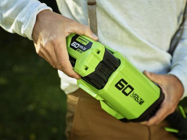 У аккумуляторов Greenworks свои правила зарядки - и они нам только на руку