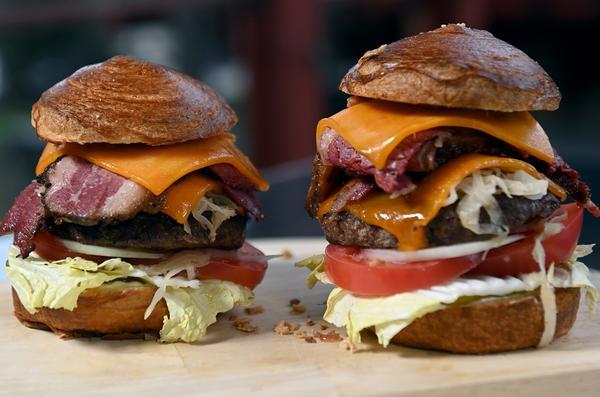 Готовые бургеры. Потрясающе вкусно!