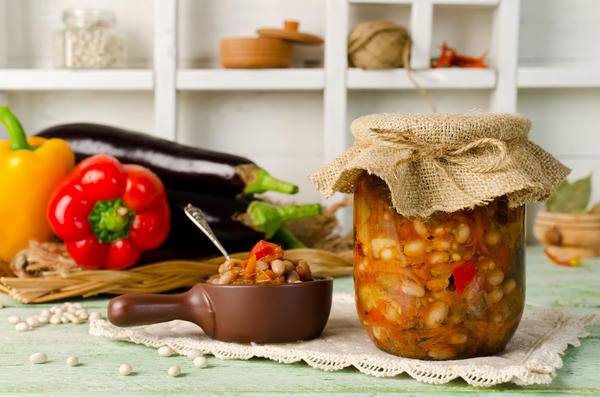 Салат Баклажаны с фасолью