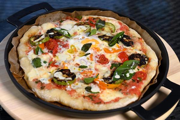Овощная пицца на гриле - очень вкусно!