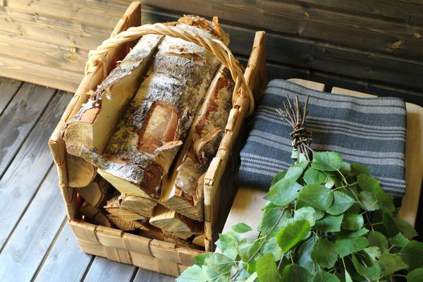 Березовые дрова и березовый веник - какая без них баня
