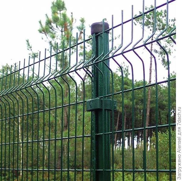 Забор из прочной металлической сетки