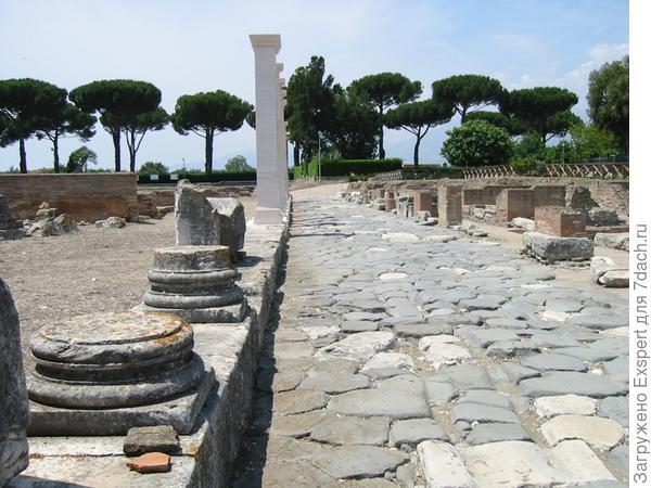 каменная брусчатка в Древнем Риме