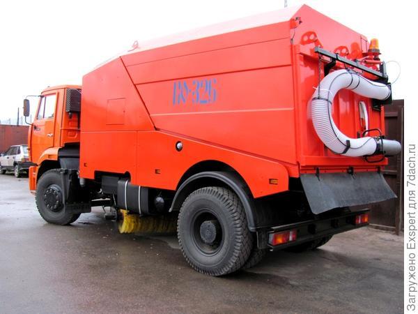 Машина для уборки мусора
