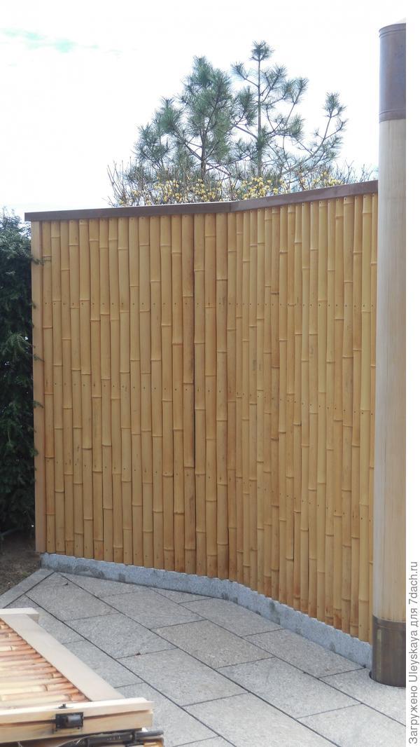 Ворота из бамбука