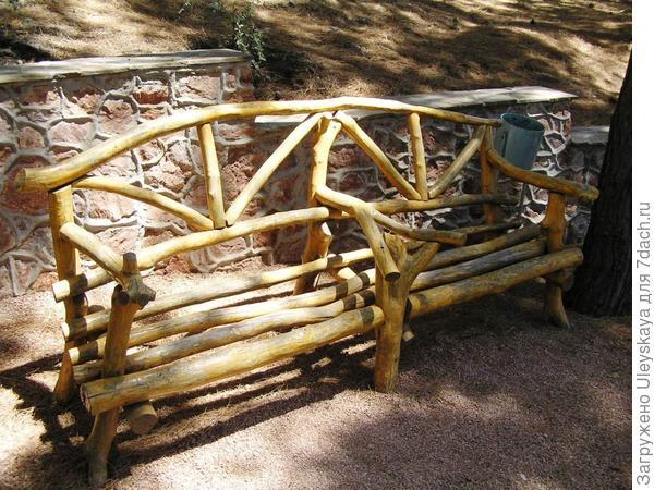 Деревянная скамейка из 2-х секций