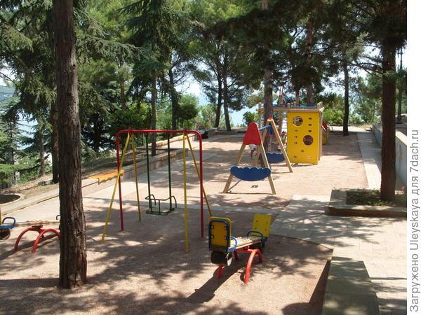 2-й уровень детской площадки