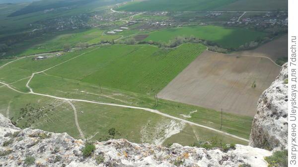 Вид с плато скалы Ак-Кая