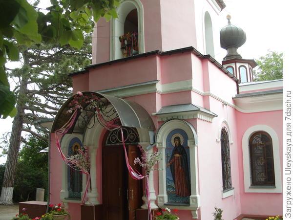 Топловский женский монастырь, Крым
