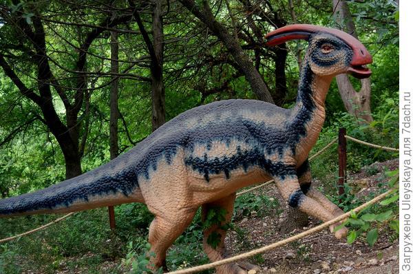 Динозавр 4 из Приморского парка