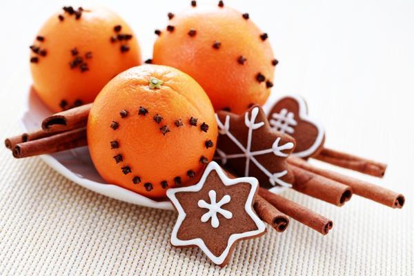Новогодняя композиция с мандаринами