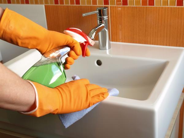 Без воды уборка в доме немыслима