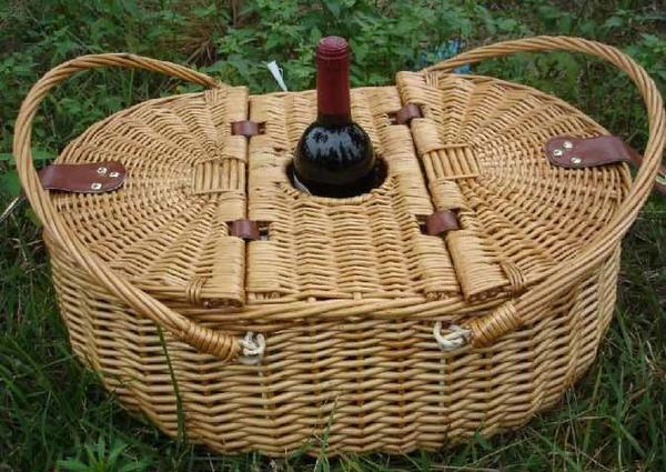 Корзинка для пикников, фото с сайта www.alibaba.com