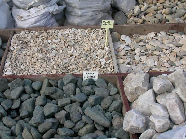 Выбор камня определяется стилистическим решением