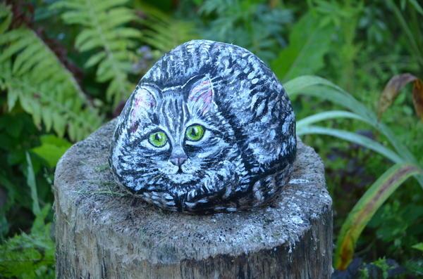 Кот Василий. Рисунок на камне. Фото Валентины Федоровой