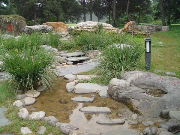 Из каких же элементов складывается китайский сад?