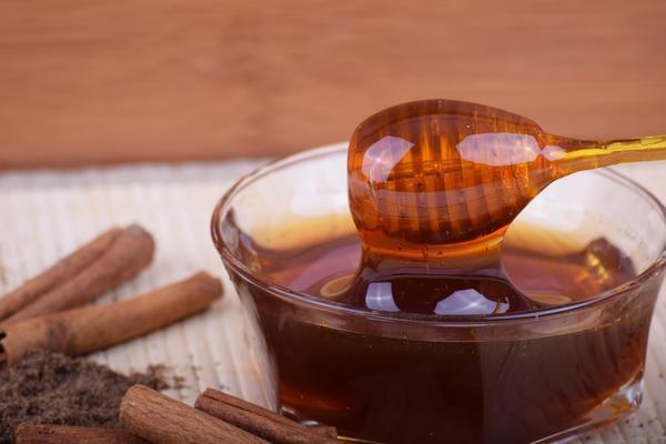 Мед - вкусный и полезный продукт