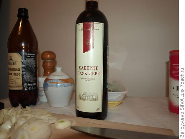 открываем сухое красное вино