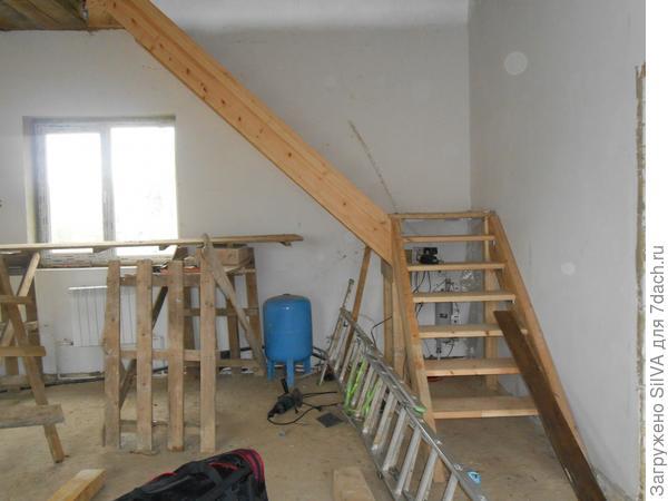 лестница вверху