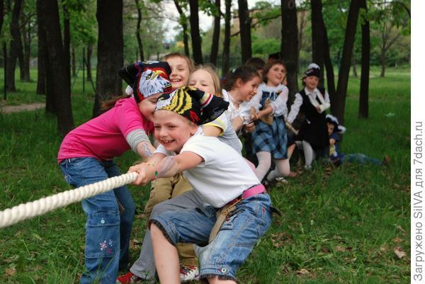 развлечения на детском празднике(Фото Яндекс)