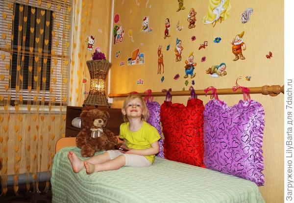 комната на даче для девочки