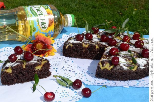 вишневый пирог и масло олейна