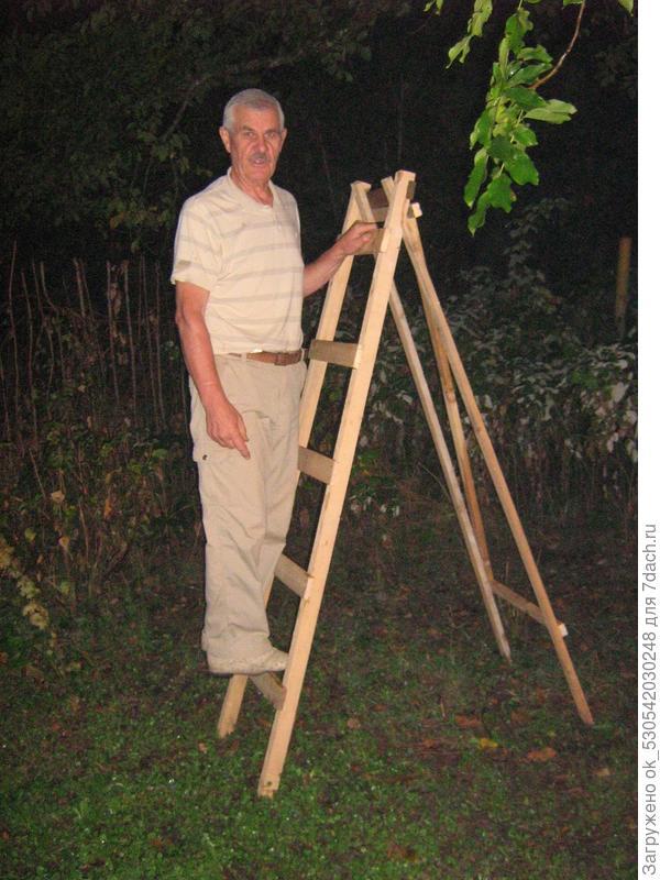 Испытание лестницы - стремянки.