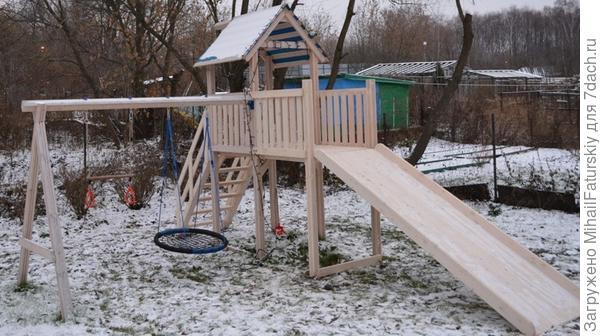 зимняя игровая площадка для дети на даче