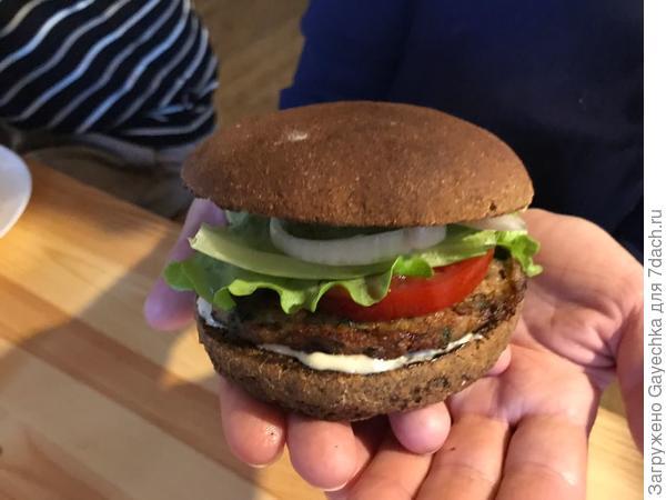 Ржаной бургер