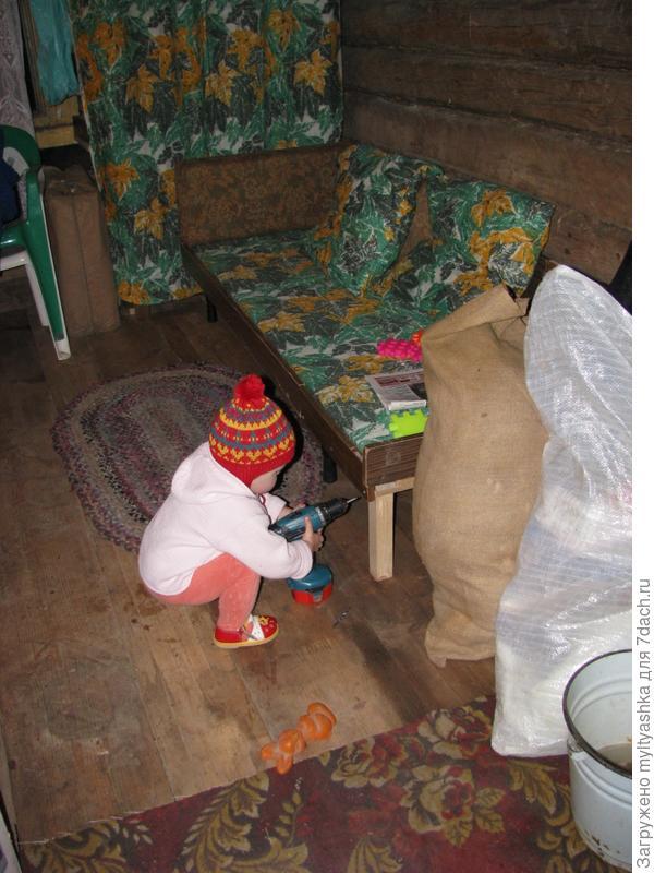 С приобретением шуруповерта Makita вся семья разучилась забивать гвозди.