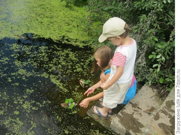 Дача, дети и вода