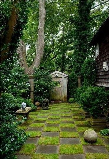 10 идей оформления садовых дорожек
