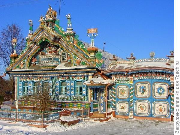 Резной дом под Екатеринбургом