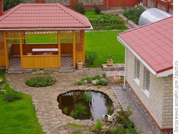 Красивый дворик
