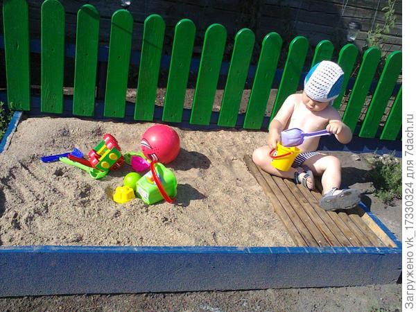 Елисей строит замки из песка