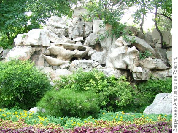 Камни в рокарии