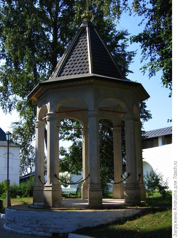 На территории Саввино-Сторожевского монастыря