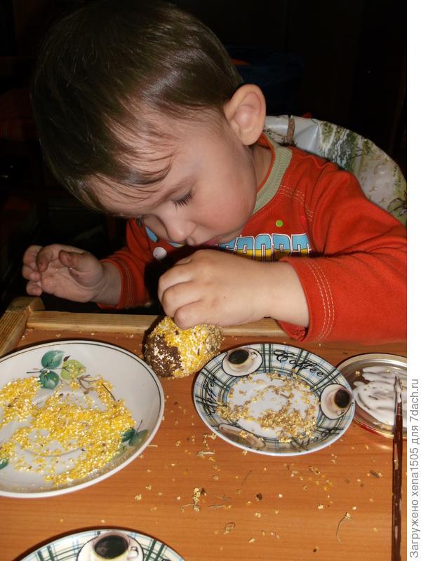 посыпаем молотой кукурузой