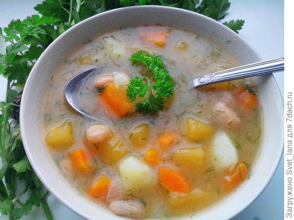 Крестьянский суп с репой и картофелем.
